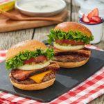【朗報】フレッシュネスバーガーをお得に味わう!7月1日からフレッシュネスカードへのチャージが20%オン!
